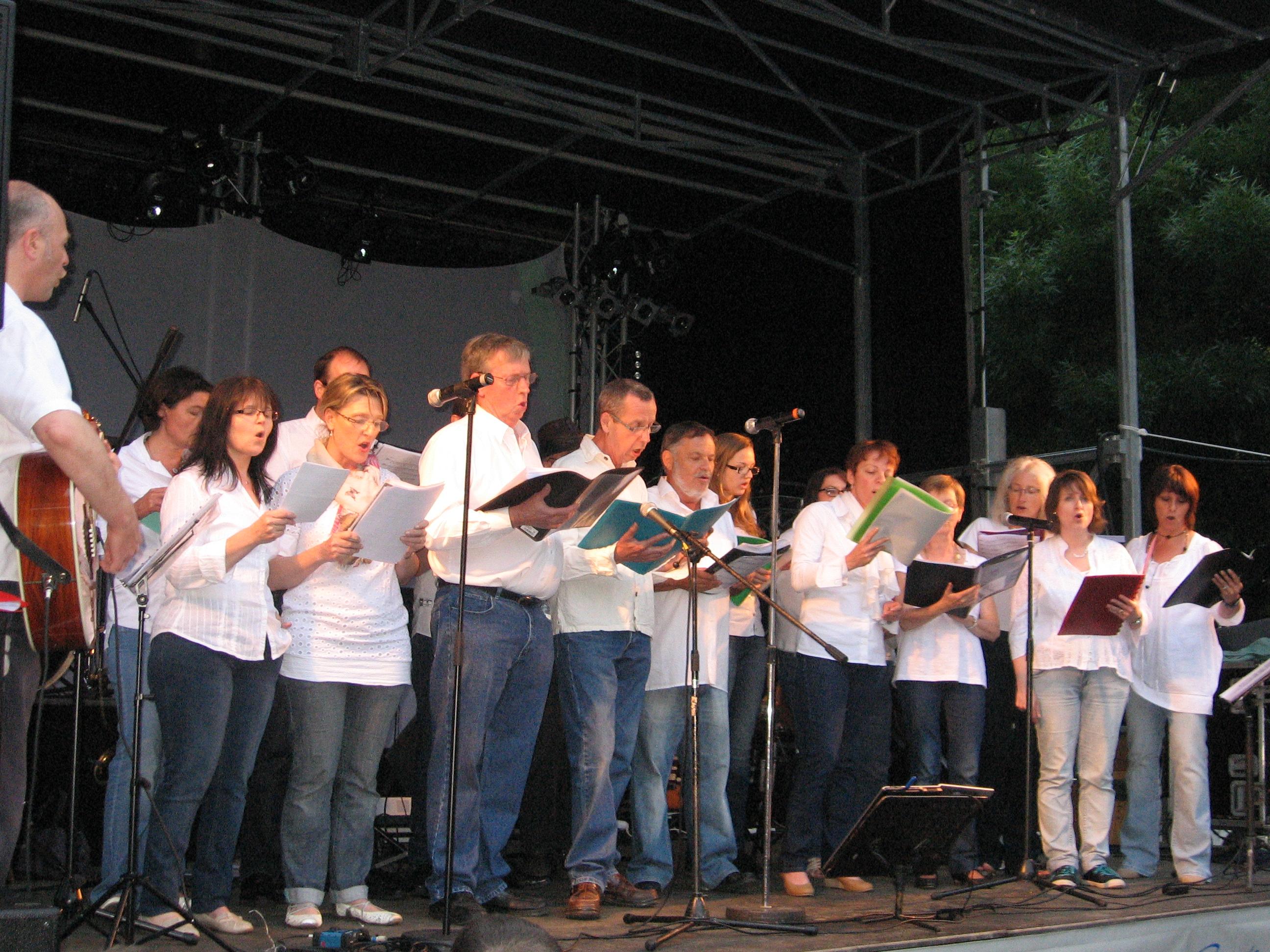 2013-06 (juin) 21 – Fête de la Musique – Château-Gontier (3)