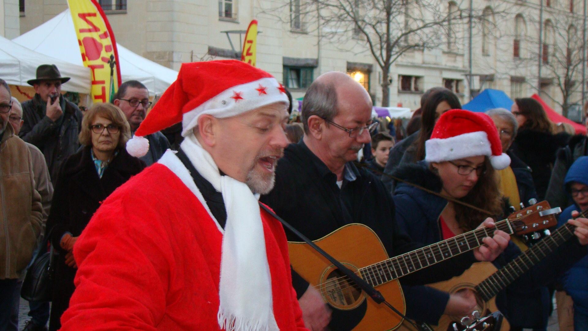 2015-12-12 – Au marché de Noël (16) Anita